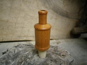 Bouchon en bois tourn avec li ge pour bouteille - Bouchon pour vinaigrier avec robinet bois ...