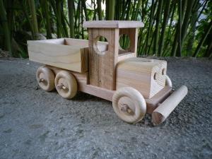 camion benne jouet en bois artisanal chêne hêtre cèdre